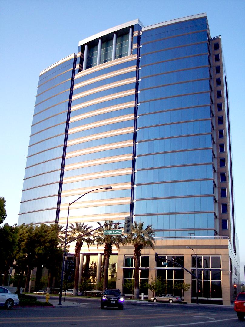 Hotel-&-Resort